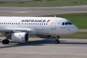 aircraft-2152716_960_720